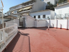 One bedroom apartment with roof terrace
