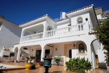 Villa for sale in Mijas village