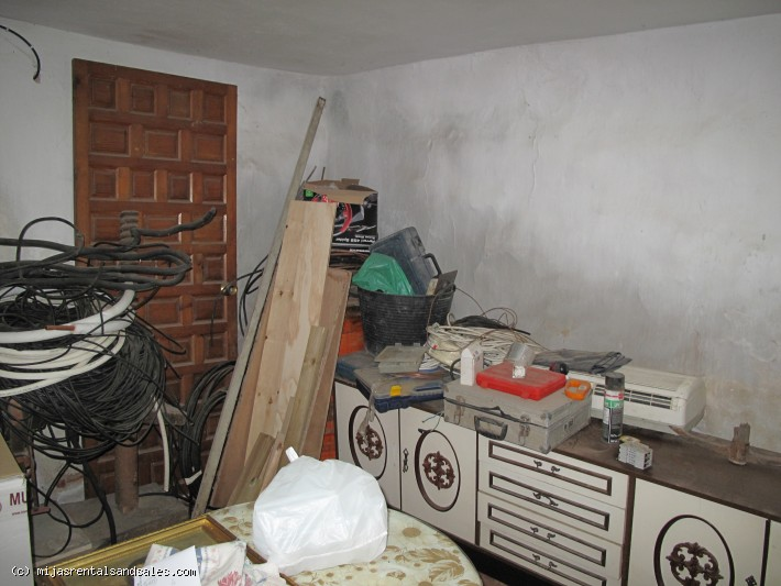 Townhouse in need of renovation in Mijas Pueblo