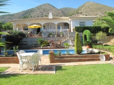 Superb villa for sale in La Capellanía
