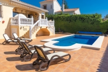 Villa for sale in La Sierrezuela