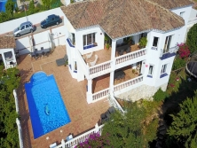 Villa for sale in Las Lomas de Mijas