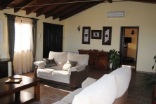 Villa in Valtocado with open views and private pool