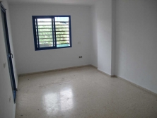 Three bedroom apartment with garage
