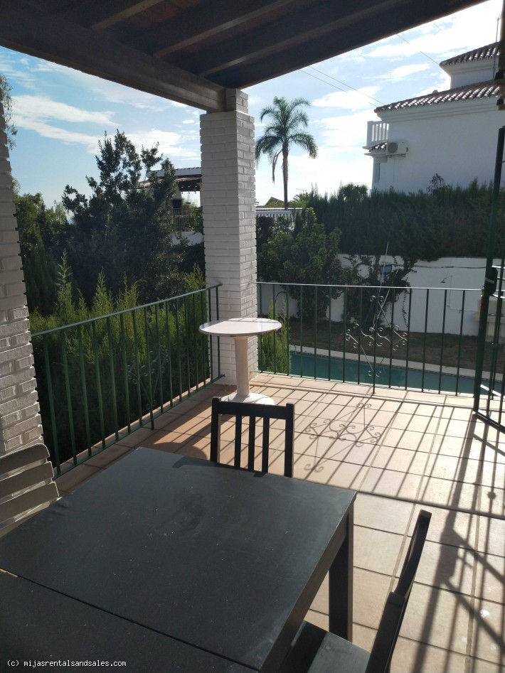 Villa with guest apartment in Benalmadena