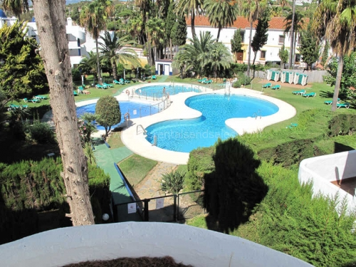 Apartment in Calahonda for rent