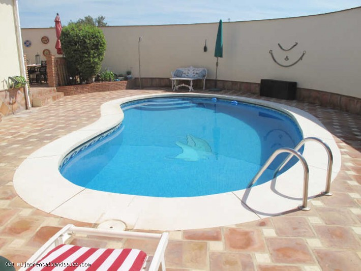 Villa with private pool and guest apartment