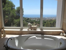Villa for sale walking distance to Mijas.