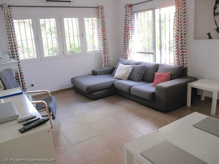 Apartment walking distance to beach