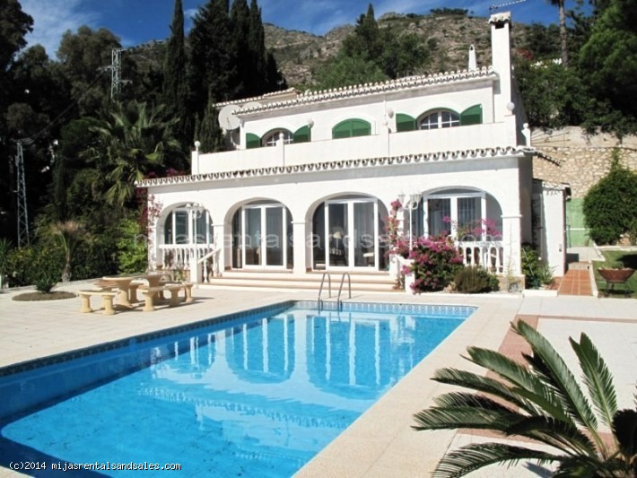 Villa for sale walking distance to Mijas