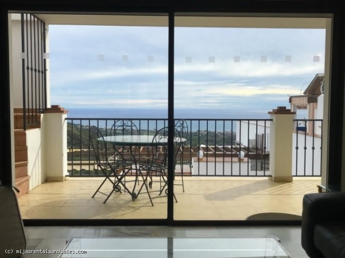 Penthouse apartment walking distance to Mijas.