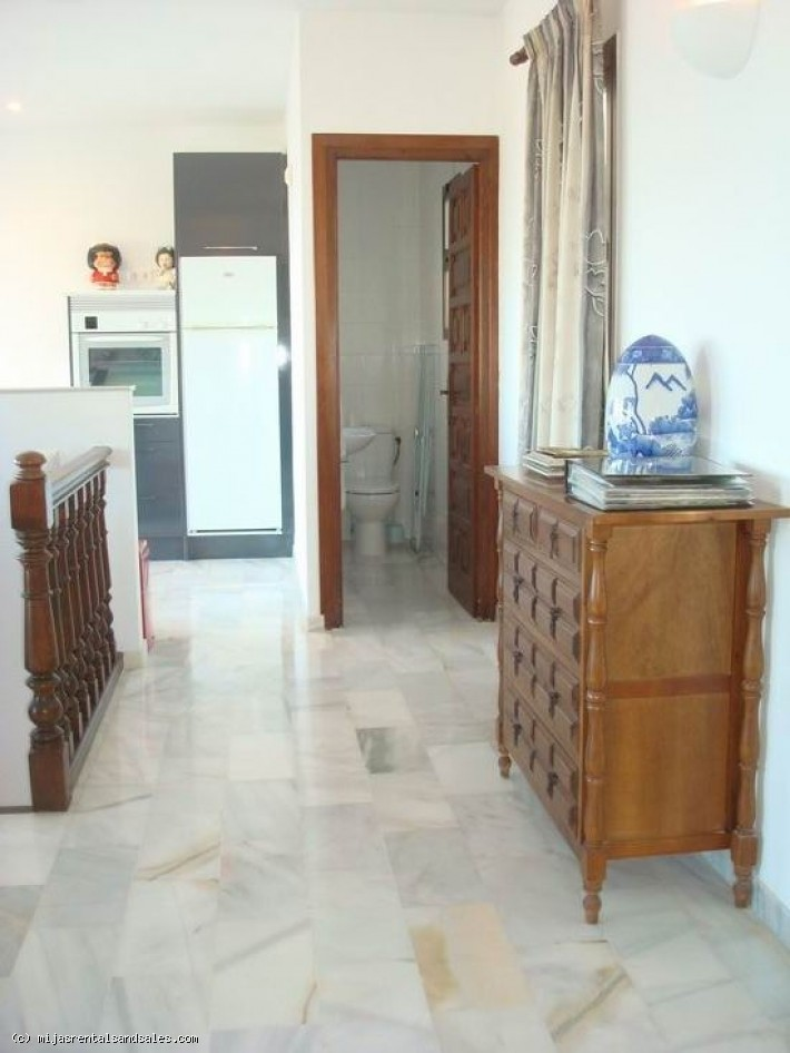 Central townhouse in Mijas with sea views.