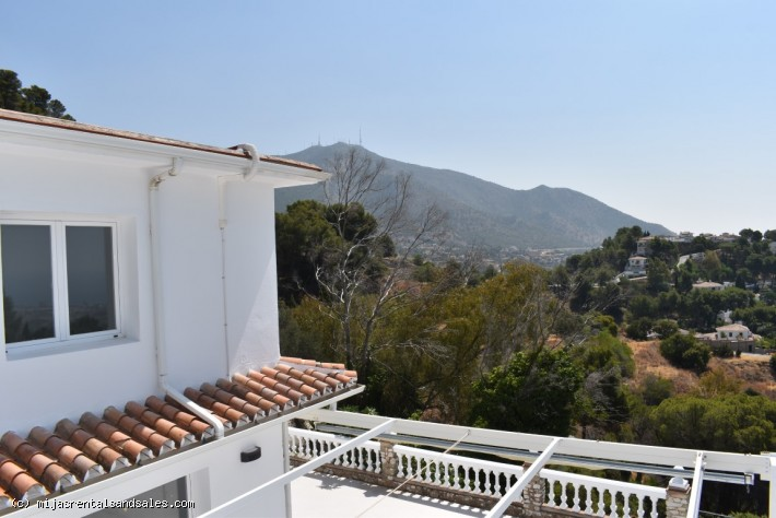 Villa walking distance to Mijas