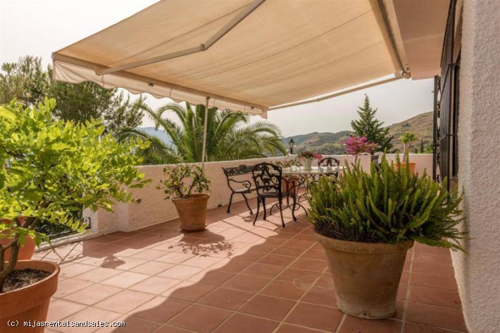 Renovated villa with guest apartment in Mijas
